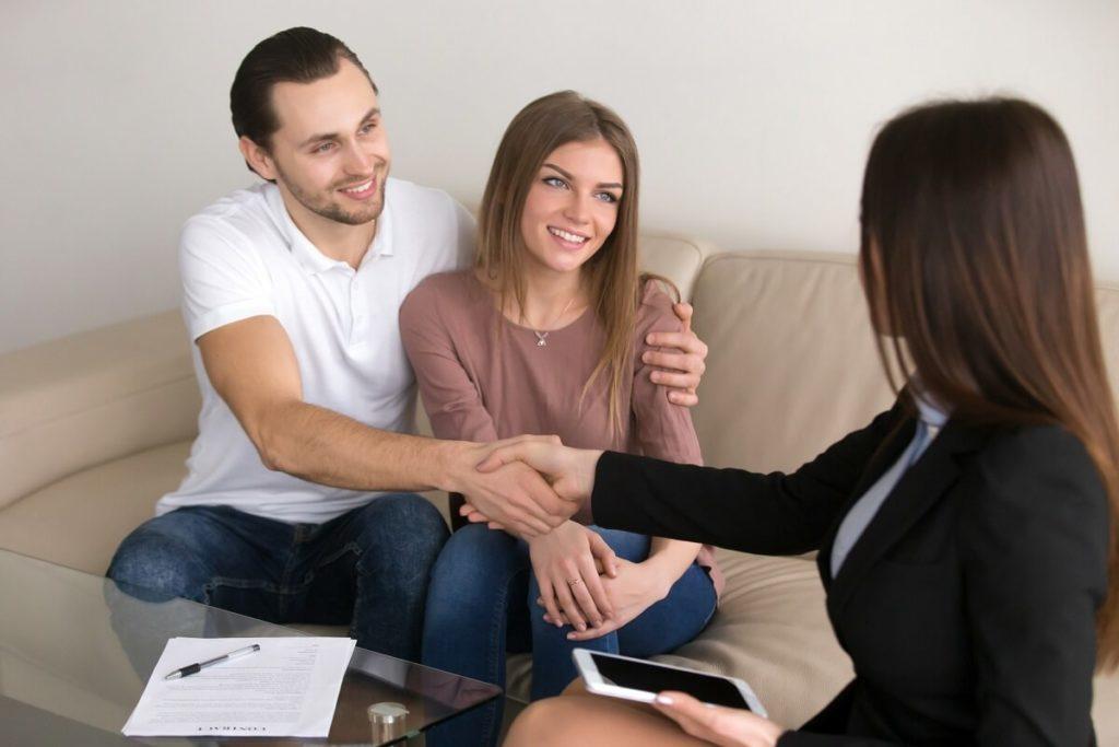 Zawód pośrednik nieruchomości